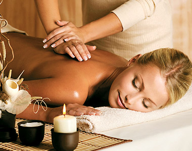 Full Body Relaxation Oil Massage